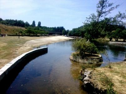 Playa fluvial O Corgo - Caldaria