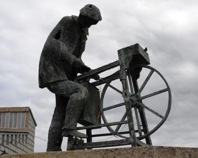 Estatua afiador - Caldaria