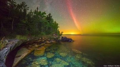 Arco de protones sobre el Superior Lake - Caldaria