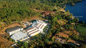 FOTO AEREA HOTEL BALNEARIO CALDARIA ARNOIA