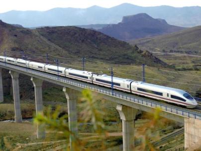 Tren a Caldaria